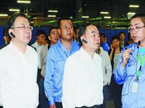中国工程院院士专家团来锡调研智能制造