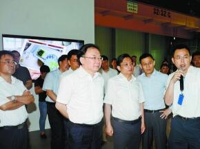 南京市党政代表团来锡考察